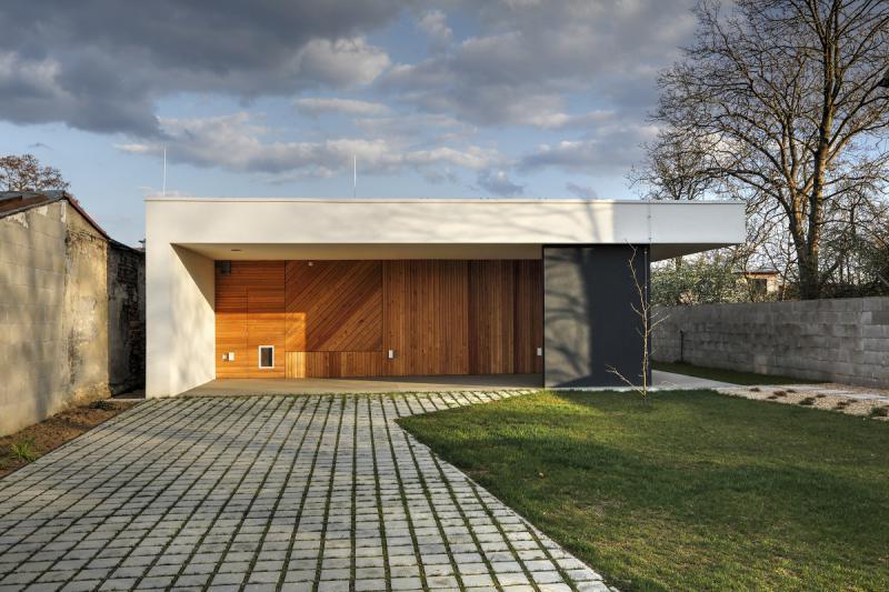 Ateliér Kunc Architects, RD Horní Počernice - foto © Jan Vrabec