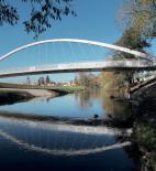 Lávka přes řeku Svratku v Brně Komárově  - zdroj fotografií BETON TKS