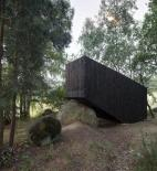Uhlík architekti - lesní útulna - foto exteriéru © Jan Kuděj
