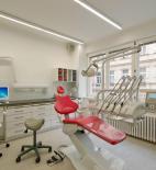 CUBOID ARCHITEKTI s.r.o. - Aleš Papp, Milan Vít, Magdaléna Pappová - PARODENT – centrum zubní péče MUDr. Dúbravské - foto © CUBOID ARCHITEKTI