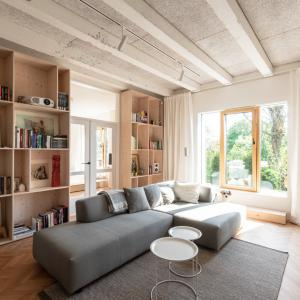 Rekonstrukce přízemního bytu, What architects © What architects