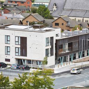 John McCall Architects - Hwb Dinbych - foto © John Garon Photohraphy